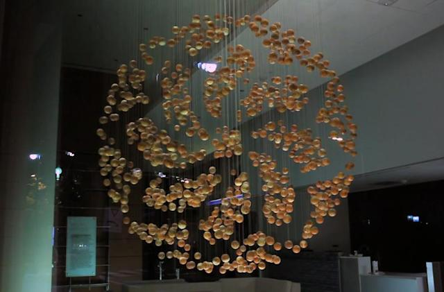 The Big Picture: living sculpture made from programmed wooden balls