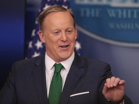 Sean Spicer has application to White House Correspondents' Association cancelled
