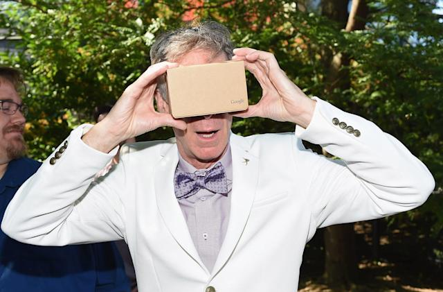 YouTube for iOS now works with Google's Cardboard headset