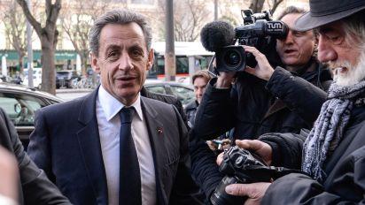 Tangenti da Gheddafi, Sarkozy indagato per corruzione e finanziamento illegale