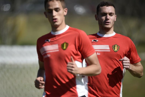 Belgium's midfielder Adnan Januzaj (L) and Belgium's defender Thomas Vermaelen attend a training session during the 2014 FIFA World Cup in Mogi das Cruzes on July 3, 2014