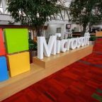 How is Cloud King Microsoft (MSFT) Geared Up for  Q1 Earnings?