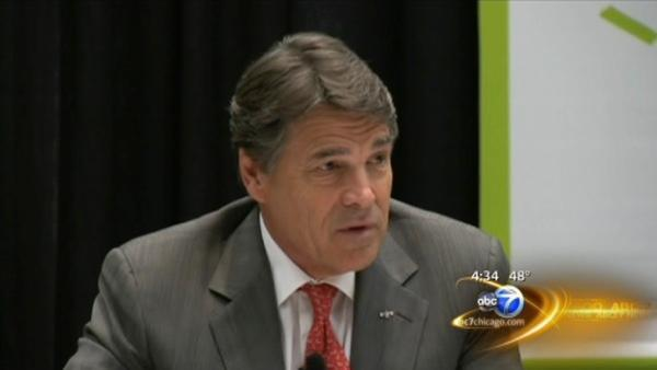 Texas Governor Rick Perry visits Illinois looking to poach businesses
