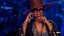 Erykah Badu Disses Iggy Azalea, Introduces 'Tyrone' on 'Soul Train Awards'