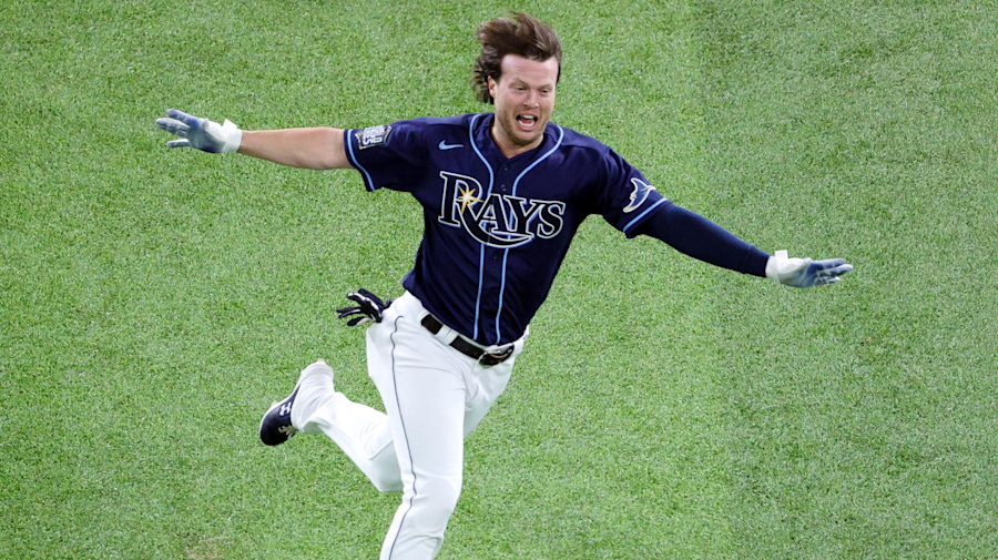 Rays walk off Game 4 on Dodgers disaster
