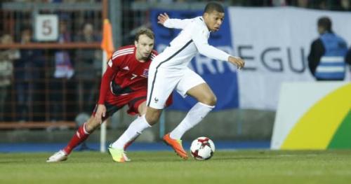 Foot - Bleus - Kylian Mbappé (Bleus) : «Je réalise mais je veux aller encore plus haut»