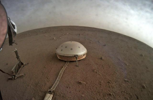NASA shares the odd sounds from its Mars seismometer