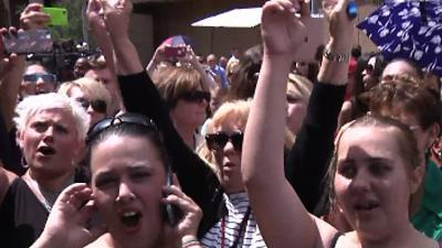 Arias Verdict Draws Crowds to Ariz. Court