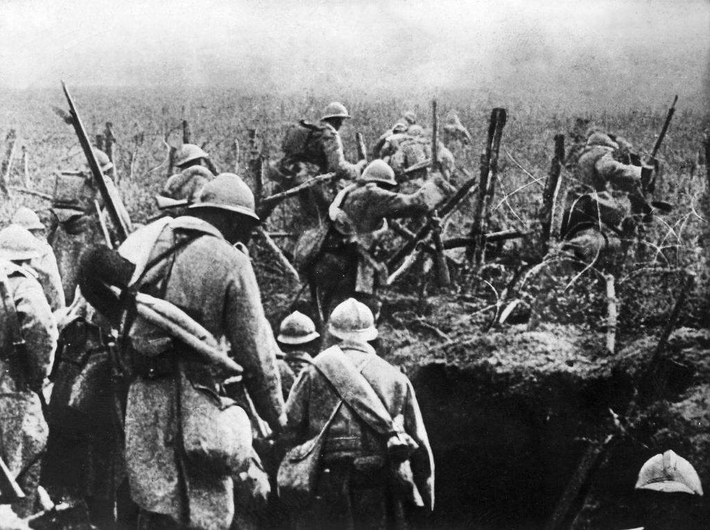 French soldiers move into attack from their trench during the Verdun battle in 1916, it what was the longest campaign on the Western Front (AFP Photo/-)