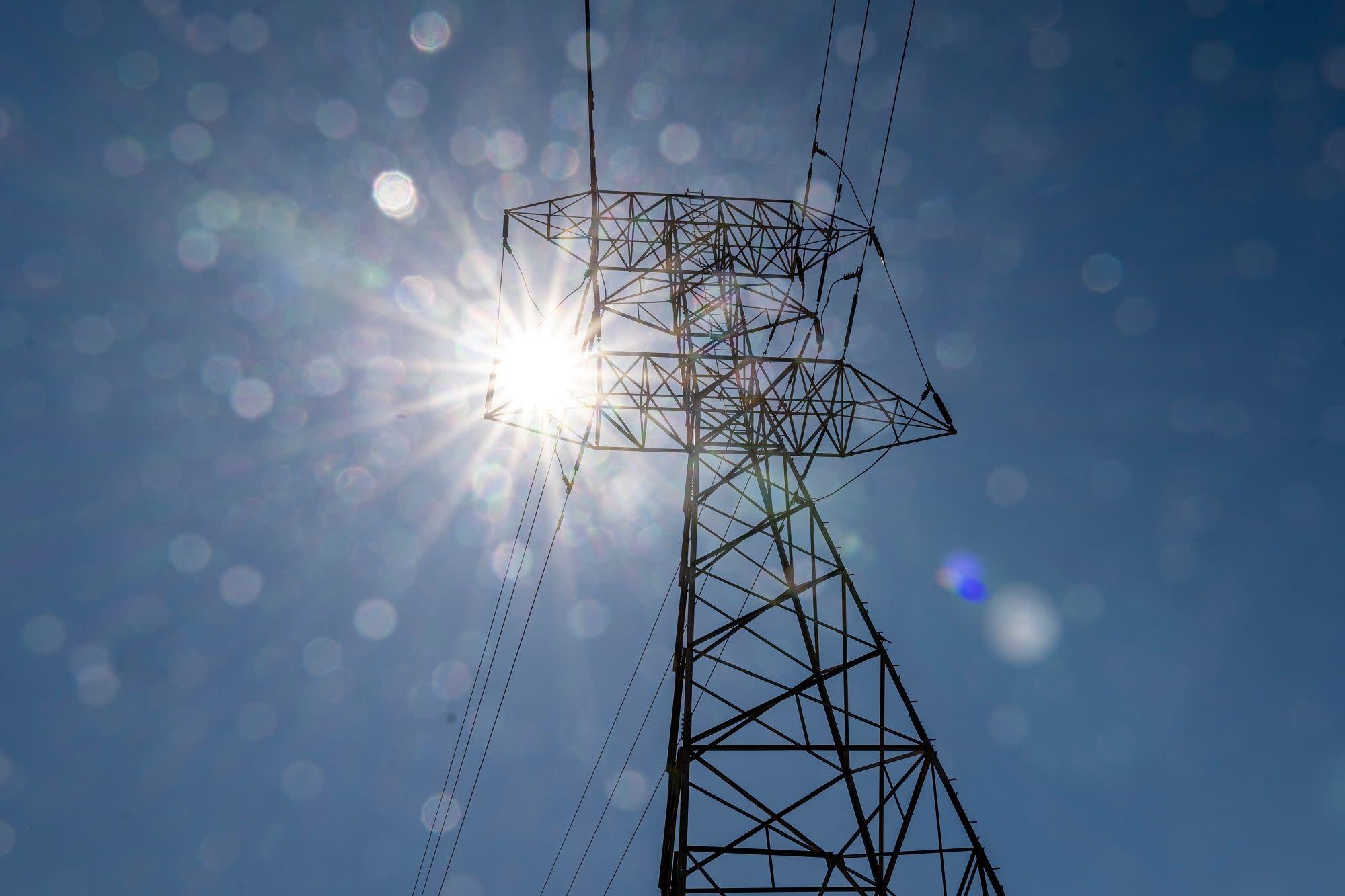 California Orders Grid Emergency, Power Shortfalls Loom