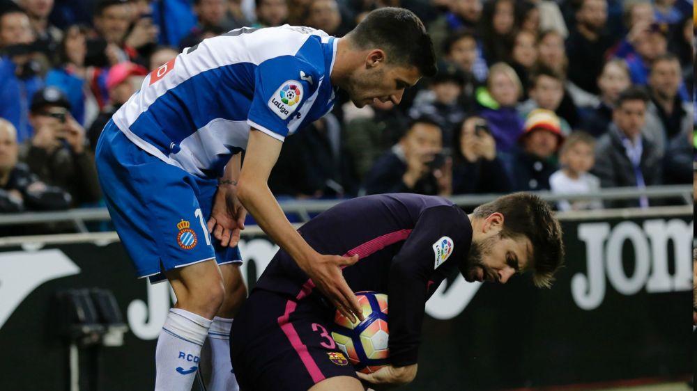 """Piqué: """"Me divierte venir a Cornellá, es el estadio que más me gusta junto al del Madrid"""""""