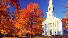 The 12 Cutest Fall Towns In The U.S.