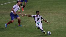 Mateus Gonçalves entra no segundo tempo, amplia vantagem do Ceará sobre o Bahia, mas faz ressalva ao comemorar