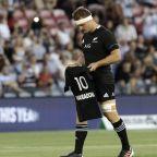 All Blacks pay tribute to Maradona before match vs. Pumas