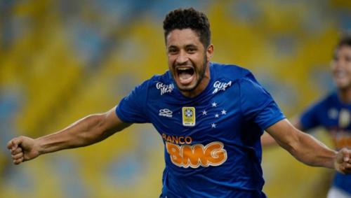 Léo reencontra palco de sua estreia no Cruzeiro e quer voltar com vitória