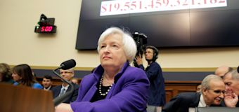 耶倫:利率處於紀錄低位 須採取大規模刺激計劃