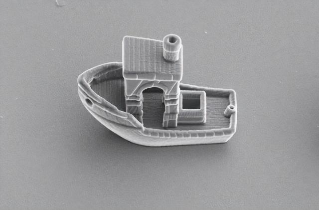 Researchers 3D-printed a cell-sized tugboat