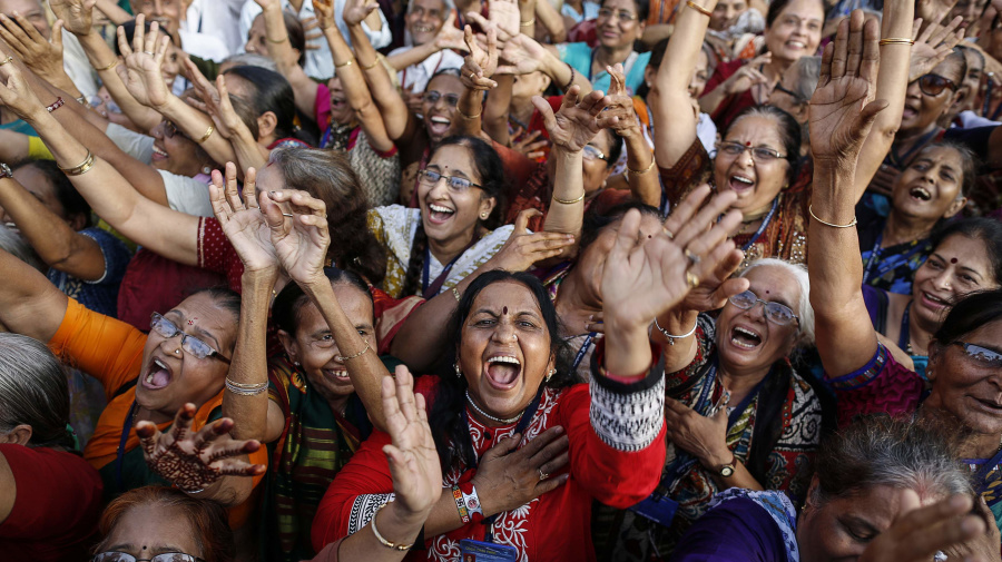 10 health benefits of 'Laughter Yoga'