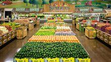 Sprouts Farmers Market Bullish On 2018 Earnings; Stock Tests Key Level