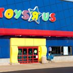 Rush to Redeem Toys R Us Gift Cards Before Liquidation