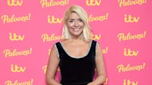 Holly Willoughby sparks debate over how to ripen tomatoes extra quickly