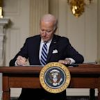 Biden orders sweeping actions to pause drilling and fight climate change