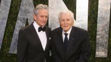 Kirk Douglas no quiere grandes celebraciones por su 103 cumpleaños