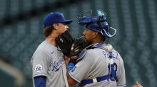 Rosenthal earns 1st save since 2017, Royals beat Tigers 5-3
