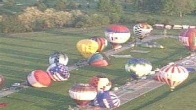 Raw Video: Balloons Take Off For Rush Hour Race