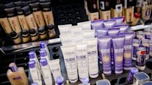 L'Oreal Expects to Outperform Rivals Amid Temporary Virus Hit