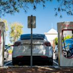 Tesla promises $25,000 car in three years and plans to halve the cost of batteries