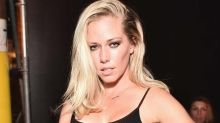 Kendra Wilkinson Shows Her 'Sexy Side' With New Selfie Following Split From Hank Baskett