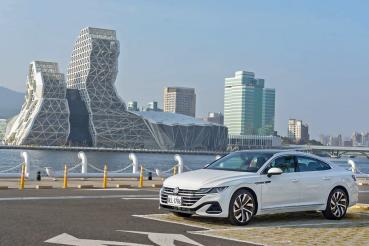 德系文青美學 Volkswagen Arteon Fastback 330 TSI R-line 斜背轎跑試駕