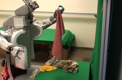 UC Berkeley researchers teach PR2 robot to fold towels