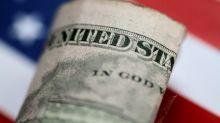 Dólar sube ante el euro debido a que datos muestran robusta economía EEUU