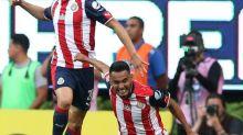 Guadalajara logra triunfo de último minuto en México