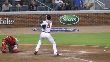 Braves 1B Freddie Freeman leaves game after taking fastball to wrist that he broke in 2017