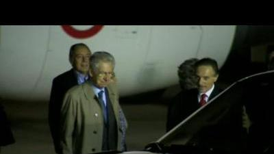 Monti arrives for G8
