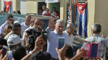 Díaz-Canel dice en Guantánamo que Cuba resistirá nuevas sanciones de EEUU