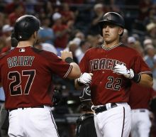 Lamb homers, D-backs complete sweep of White Sox 8-6