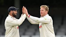 Simon Harmer spins Essex to strong position against Derbyshire as Joe Root falls one short of century
