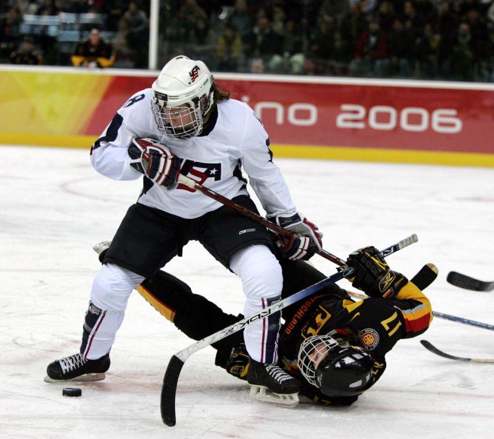 Obama selects gay athletes for Sochi delegation