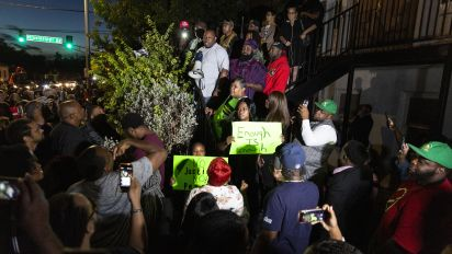 Fort Worth residents call for probe into police force