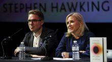 """""""Brèves réponses aux grandes questions"""": les ultimes réflexions de Stephen Hawking"""