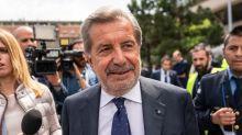 Telecom Italia's Conti Plans to Resign, Easing Investors' Feud