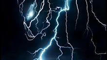The Predator gets an electrifying motion poster
