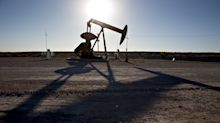 Oil Snaps Record Losing Streak as Stronger OPEC Cuts Seen Likely