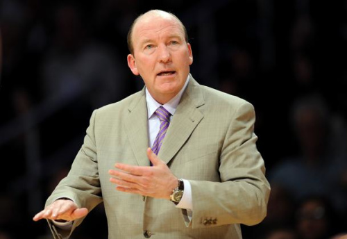 In his most recent head coaching stop, Mike Dunleavy Sr. resigned from the Clippers during the 2010 season.
