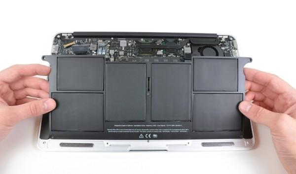 New 11.6-inch MacBook Air ripped to pieces, exposing proprietary parts