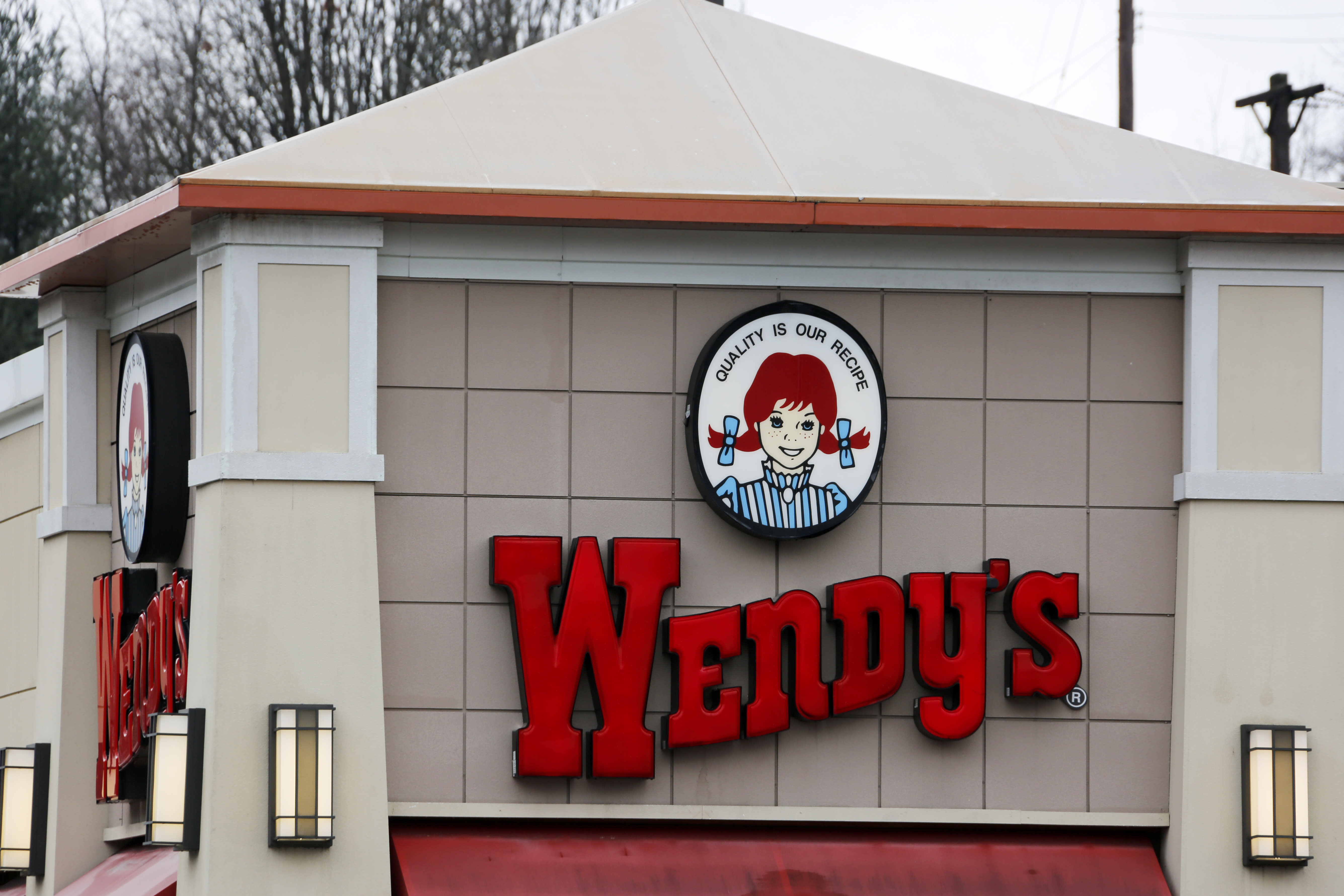 Wendy's may be home to fresh beef but chicken grows in importance: CEO